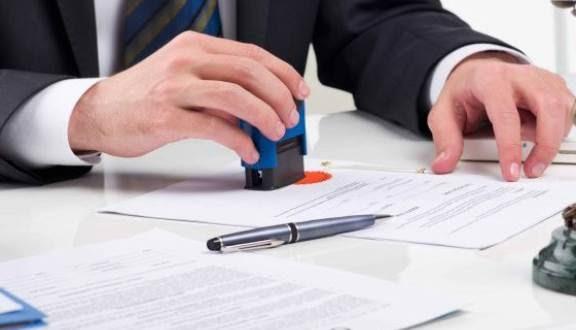 Nên công chứng hợp đồng để đảm bảo quyền lợi hai bên